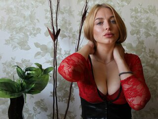 Online toy shows MaryBlondes